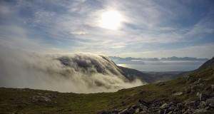 Tåge på vej op mod Bøblåheia 610 moh.