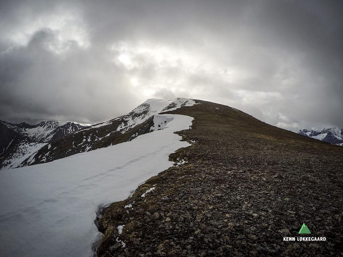 Veien opp til Durmålstuva fra Høgfjellet
