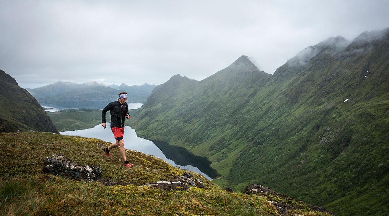 Fjelleventyr: Kjørstadhalsen 350 moh. innen det gikk opp mot Småtindan.
