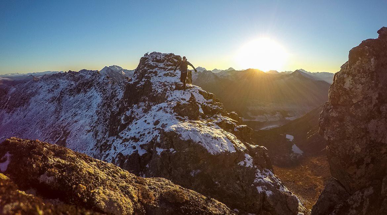 Sesongens siste fjelltur på Hinnøya